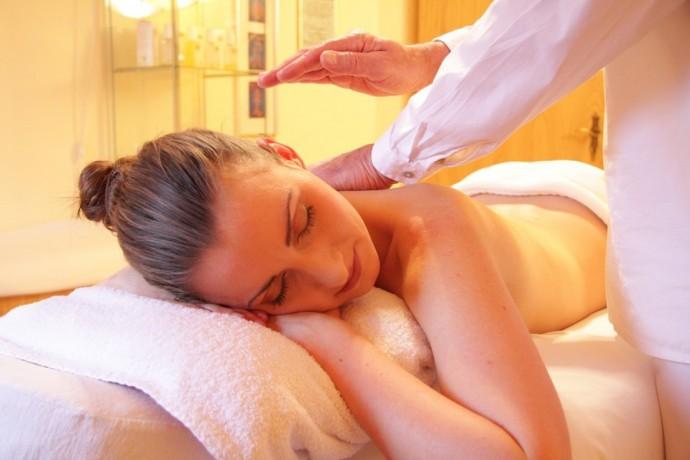 terapeutic-relaxing-massage-big-0